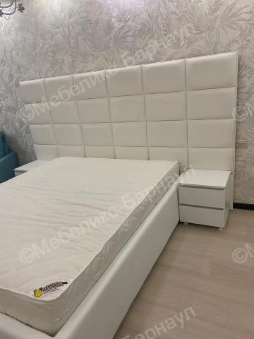 кровать и изголовье после перетяжки пример 13