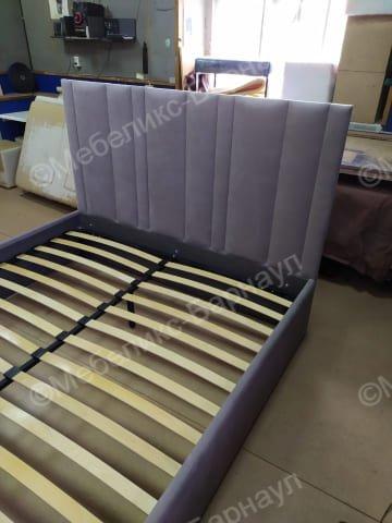 кровать и изголовье после перетяжки пример 14