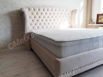 кровать и изголовье после перетяжки пример 5